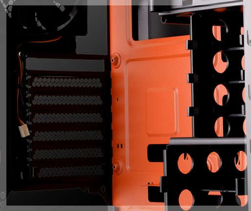 COUGAR MX310 - Gaming-inspired inner design with dual color black-orange coating.