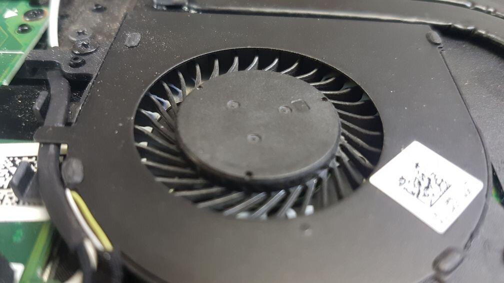 Вентилатор в лаптоп след почистване